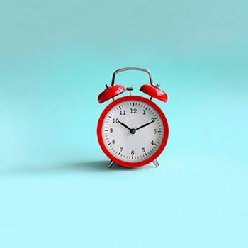 Gana un reloj analógico y llega siempre a tiempo